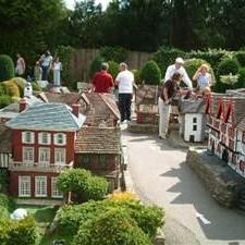 Windsor & Bekenscot Model Village