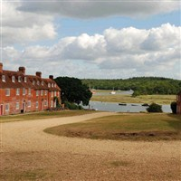 Bucklers Hard Museum & Beaulieu River Cruise