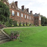 Sandringham House - Norfolk Retreat HM The Queen