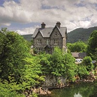 betws y coed latin singles Thrill to dinner and cabaret at paradis latin london and paris: land rate from: $1999:  explore the north wales towns of betws-y-coed and caernarvon,.