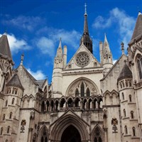 Royal Courts of Justice Tour with Lunch