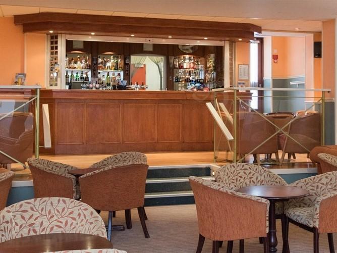 Mayfair Hotel Lounge Bar