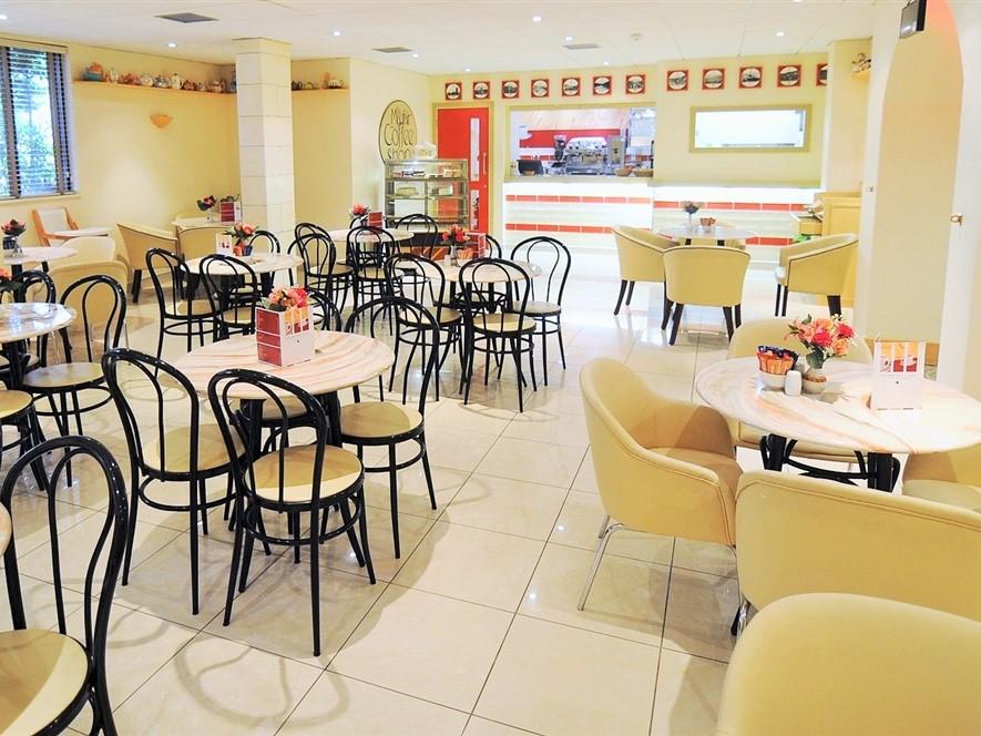 Mayfair Hotel Coffee Shop