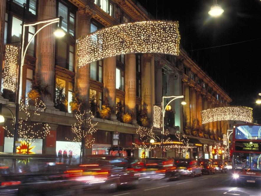 Oxford Street - © visitlondonimages britainonview