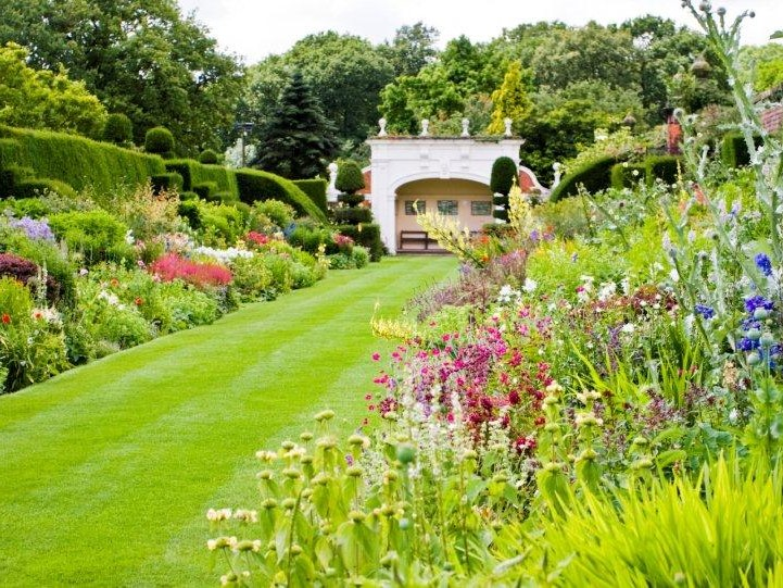 Arley Hall - Double Herbaceous Borders