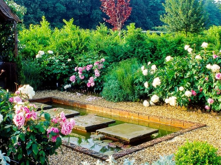 Barnsdale Gardens Courtyard