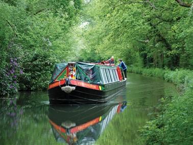 Basingstoke canal trips