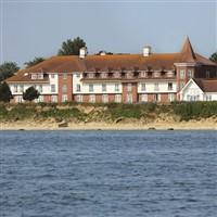 Warner Bembridge Coast