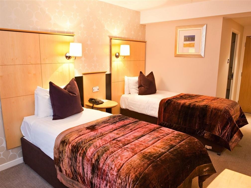 Hallmark Hotel Cambridge, Standard Twin Bedroom