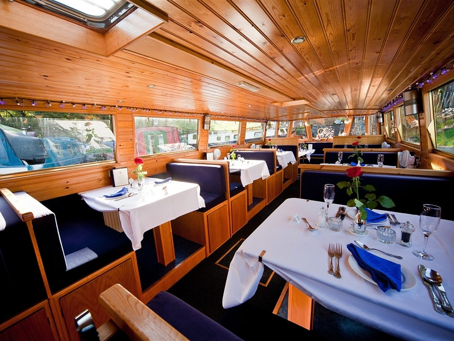 Canal Boat Riley Green Table laid