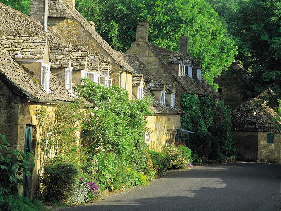 Cotswolds © Costwold.com