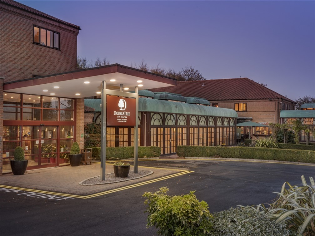 DoubleTree by Hilton Forest Pines Spa & Golf Hotel