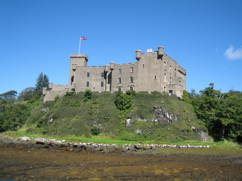 Dunvegan Castle - Laura Harrison