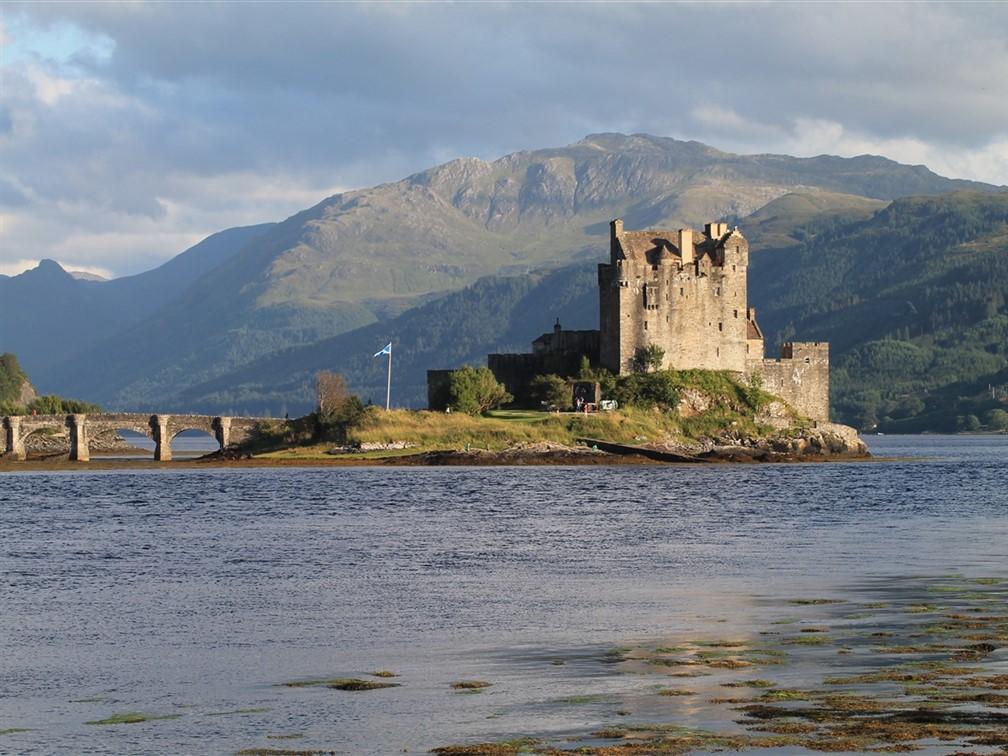 Eilean Donan Castle - Laura Harrison