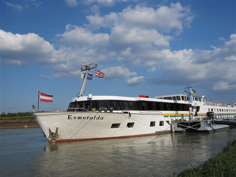 MV Esmeralda Ship