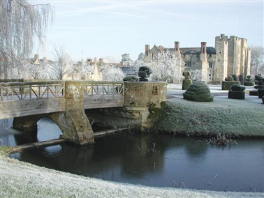 Christmas at Hever Castle & Canterbury