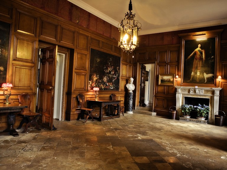 Holdenby House - Entrance hall