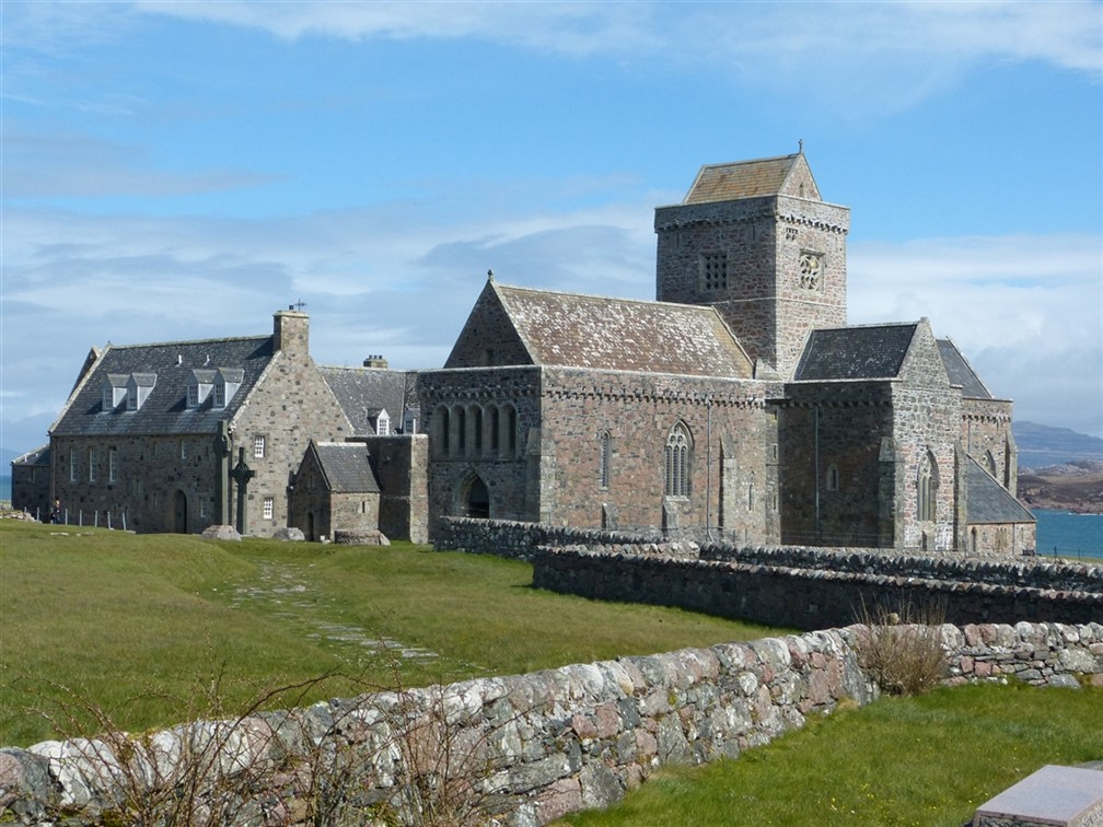 Iona Abbey © Malcolm Neal