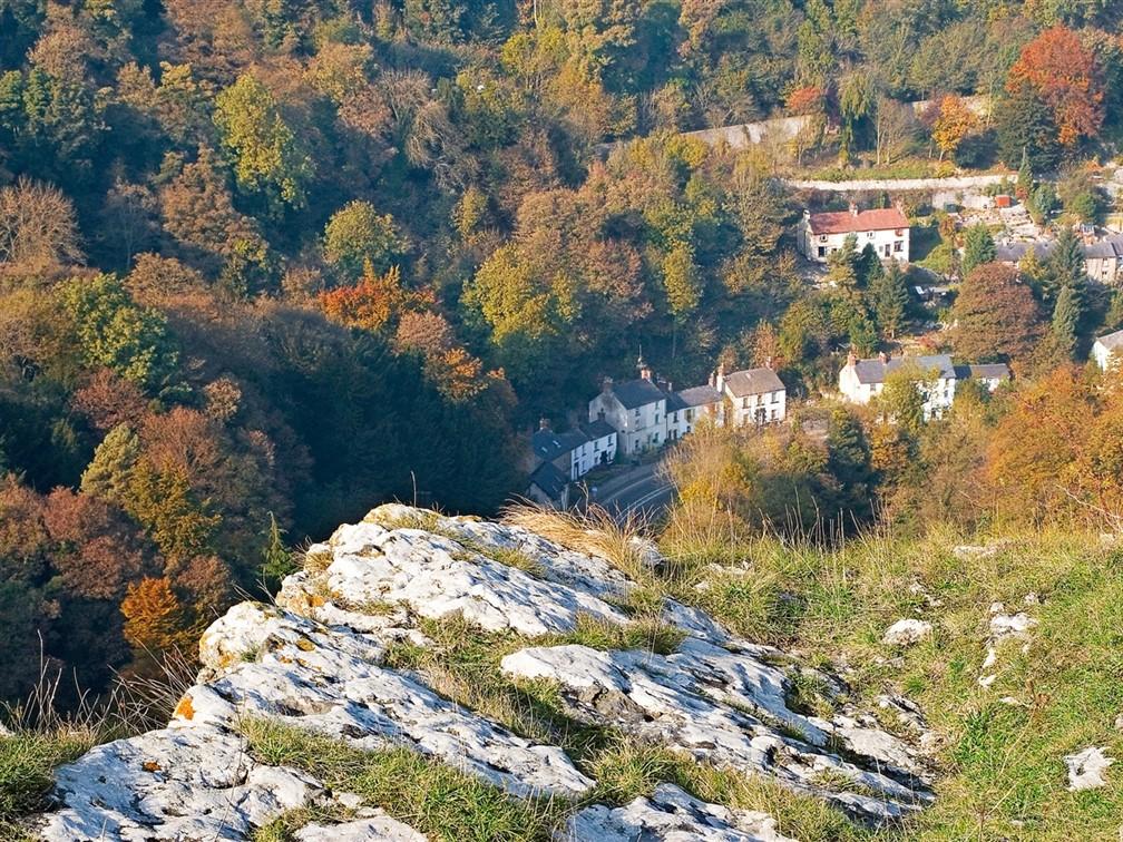 Matlock ©www.visitpeakdistrict.com.jpeg