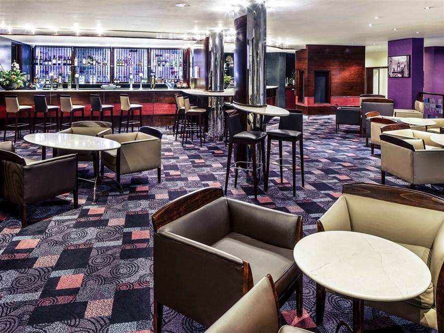 Mercure Chester Abbots Bar