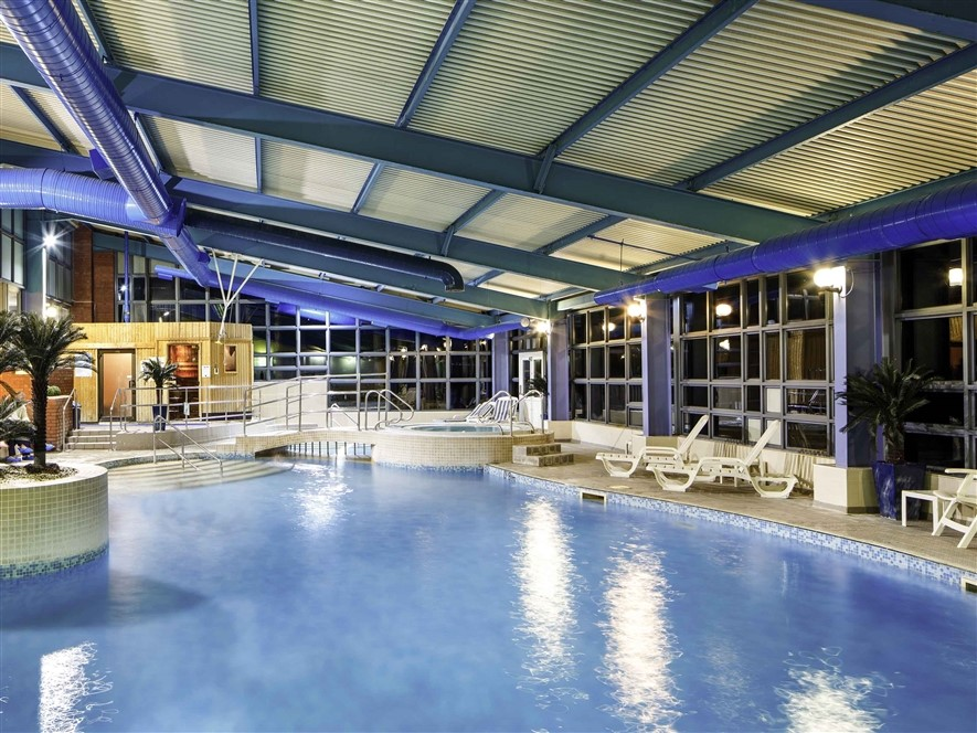 Mercure Chester Abbots Swimming Pool
