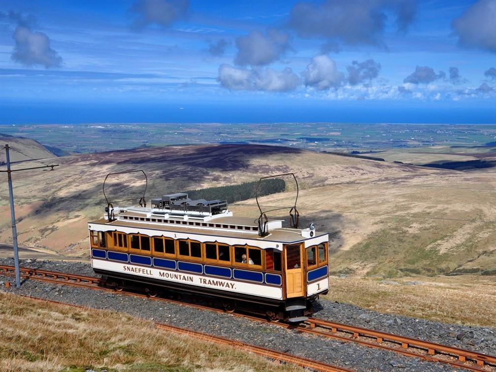 No 1 tram approaching Snaefell summit tram