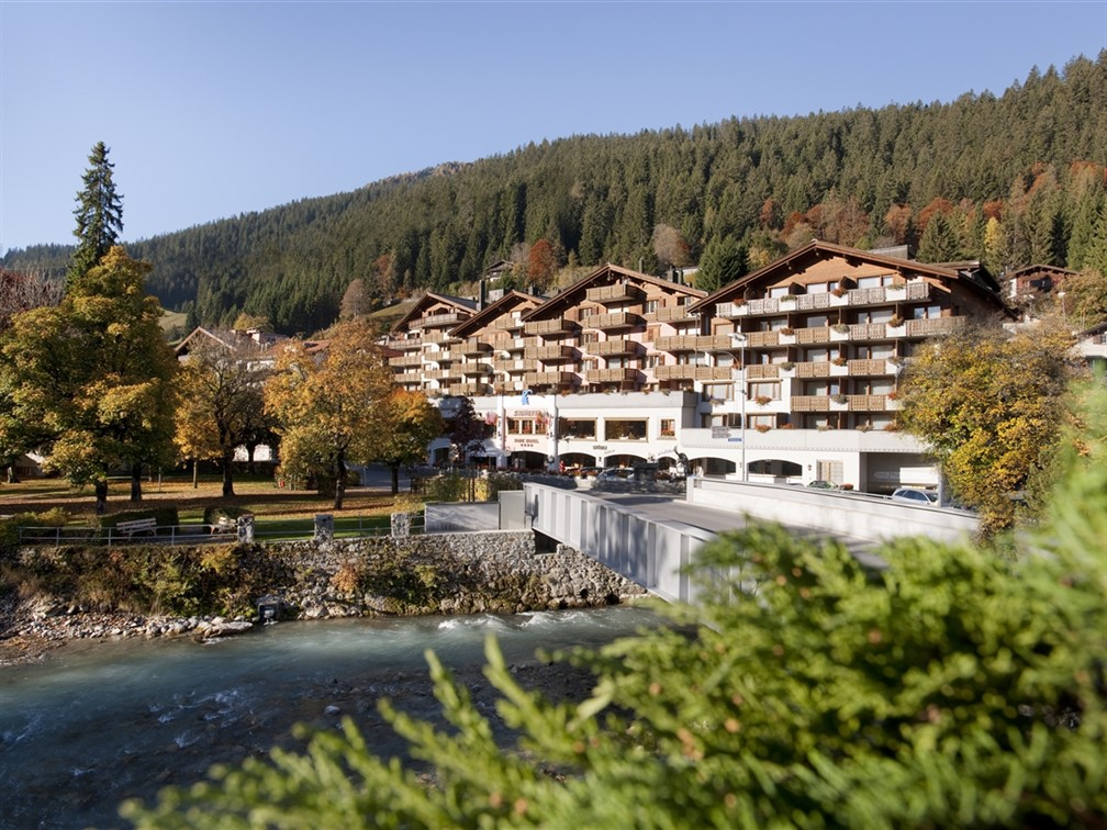 Exterior of Silvretta Parkhotel, Klosters