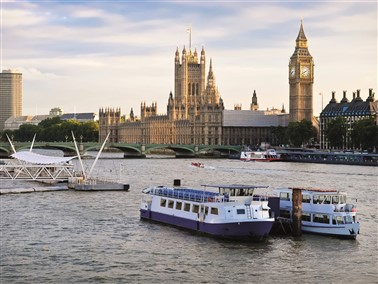 Christmas Lunch on the River Thames