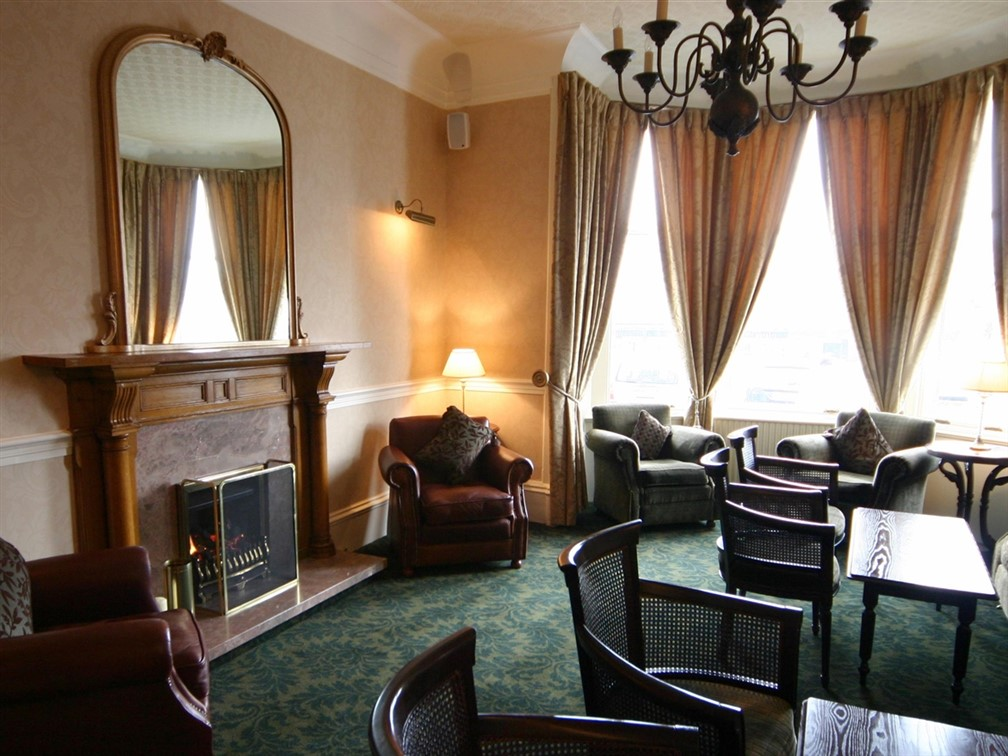 Alexander Hotel, Fort William
