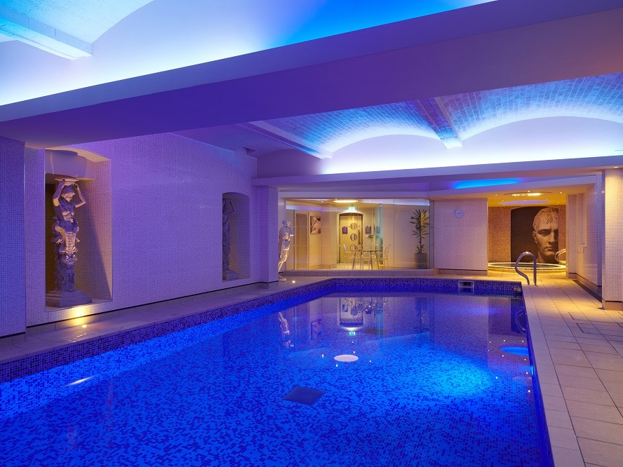 Spa - Swimming Pool