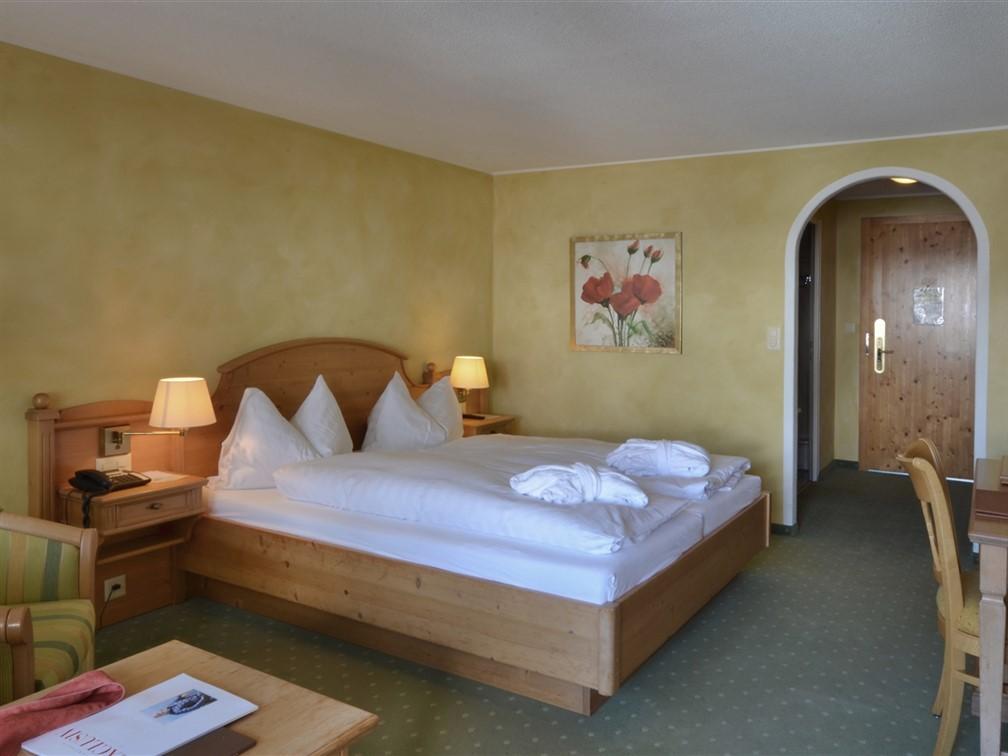 Silvretta Parkhotel Klosters Standard Room