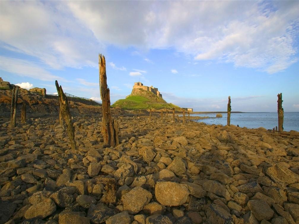 Lindisfarne © VisitEngland VisitNorthumberland.com