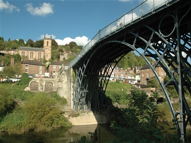 Ironbridge ©visitenglandironbridgestewartwrittle
